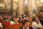 1024px-Mexican_Catholics_at_the_Metropolitan_Cathedral_Swine_Flu-150×100