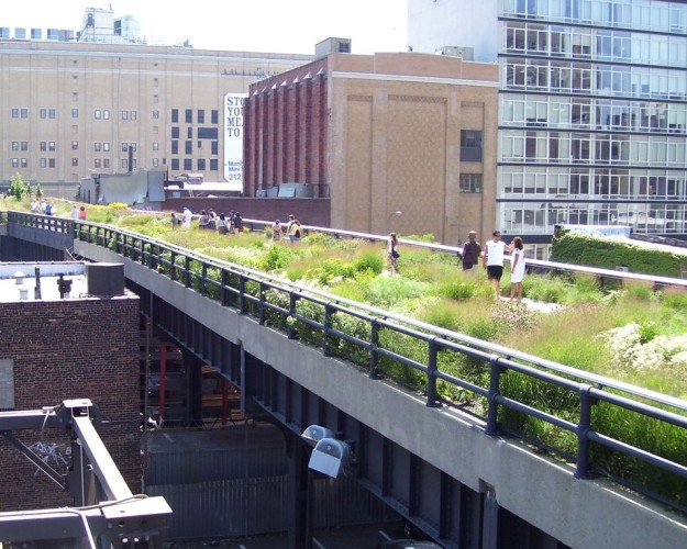 1024px-High_Line_20th_Street_looking_downtown-625×500