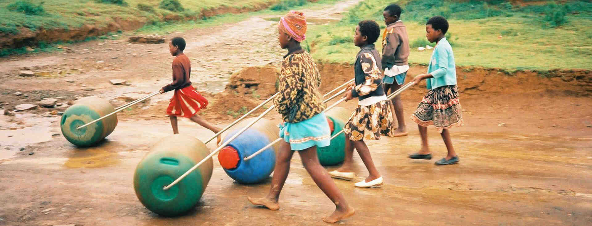 kids-hippo-rollers-slide