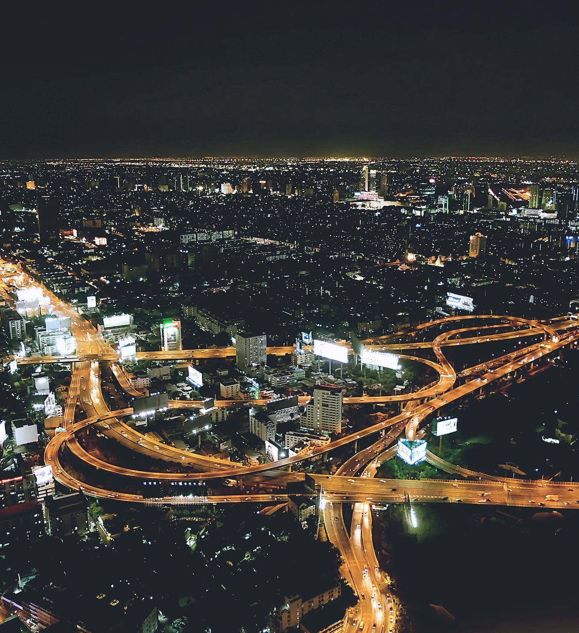 night-city-1149700_1920-1170×1279