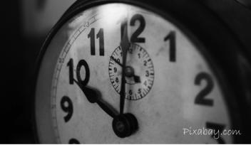 시간 맞추기 시계