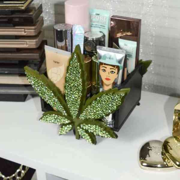 weed leaf limited edition makeup organizer