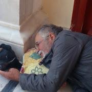 Διέκοψε την απεργία πείνας ο Θανάσης Χελιώτης στην Κερατέα