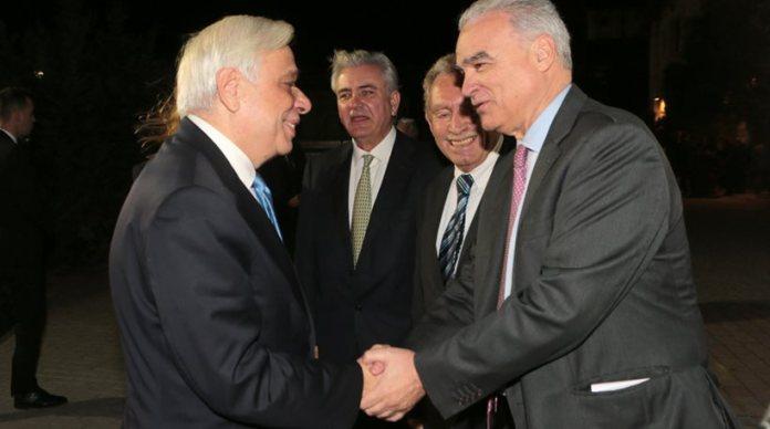 δημότης Λαυρεωτικής ο Προκόπης Παυλόπουλος 1