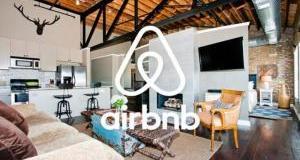 airbnb:-Στο-«κόκκινο»-οι-κρατήσεις-για-τον-Δεκαπενταύγουστο-σε-Αρτέμιδα,-Λαύριο-&-Λαγονήσι!