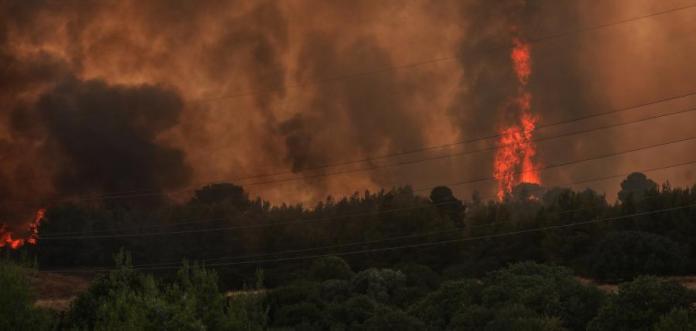 Φωτιά-στη-Βαρυμπόμπη:-Οι-περιοχές-που-θα-γίνουν-σήμερα-έκτακτες-διακοπές-νερού