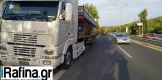 Φορτηγό-ακινητοποιήθηκε-στη-Λ.-Μαραθώνος-στο-Πικέρμι!-(φωτό)