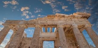 Νew-york-times:-Ένα-εξώφυλλο-αφιερωμένο-αποκλειστικά-στην-ελληνική-ιστορία