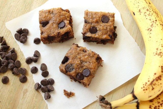 007 choc chip banana bars