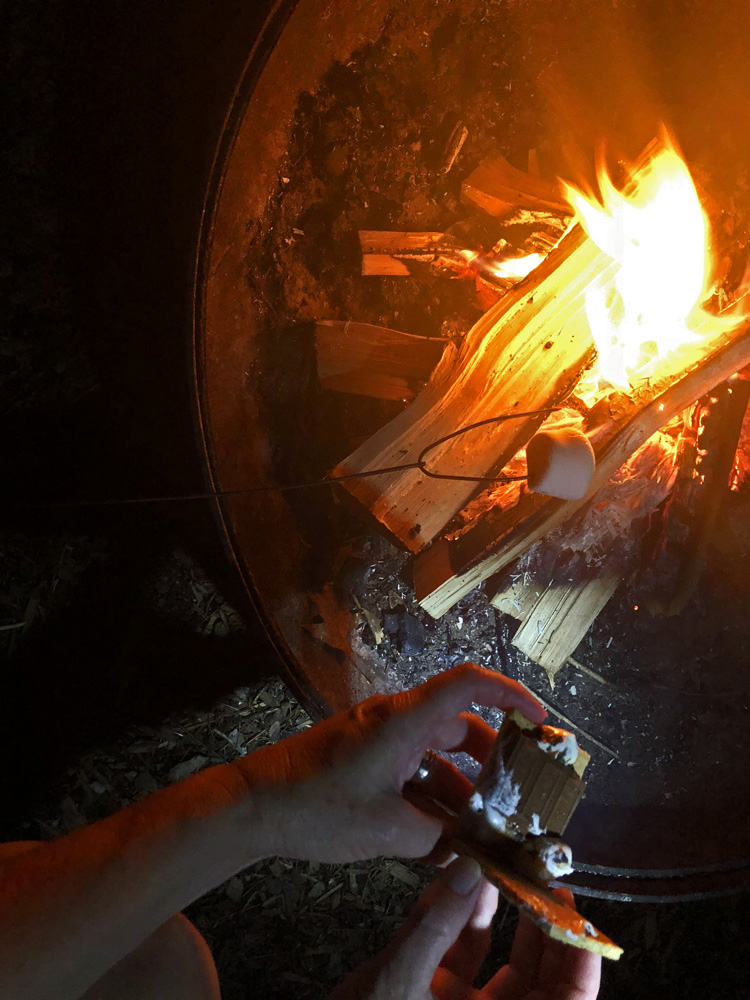 S'Mores – Campfire Treat