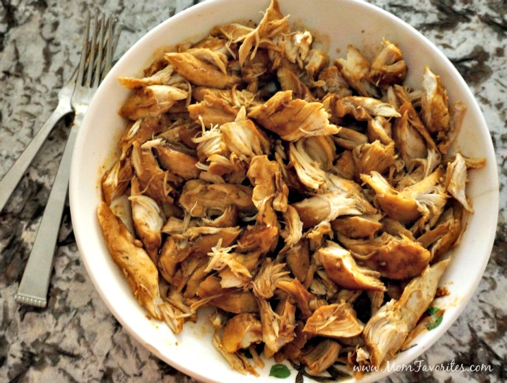 Lovin' this slow cooker barbecue chicken recipe! Throw everything in a crockpot and you'll have the easiest family dinner ever! Winner winner BBQ chicken dinner!