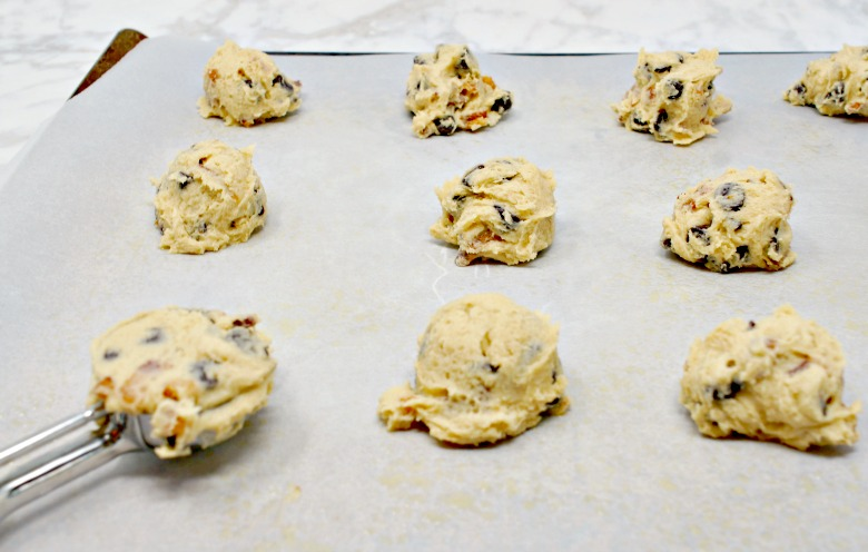 You've gotta try these Bacon Chocolate Chip Cookies, the newest sweet and salty combo to hit the dessert plate. And you'll wanna see what the two secret ingredients are!