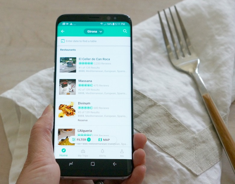 Have fork will travel! Before you take to the skies, be sure to install the best international travel apps we've found! With the Samsung Unlocked Galaxy S8, you've never been more connected (in a good way) while abroad!