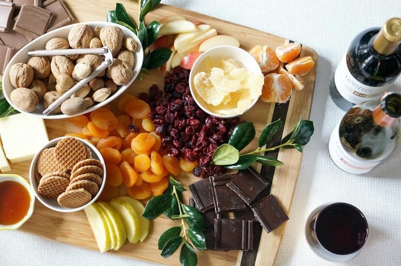 Dessert has never been easier with our Holiday Cheese and Chocolate Dessert Board. Perfect for grazing during an afternoon soiree or served after the big feast! Enjoy with your favorite Cameron Hughes wine for the ultimate treat.