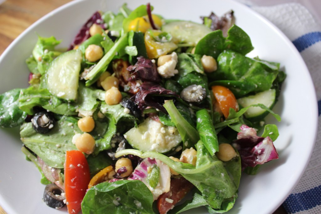 Healthy Greek Chickpea Feta Salad