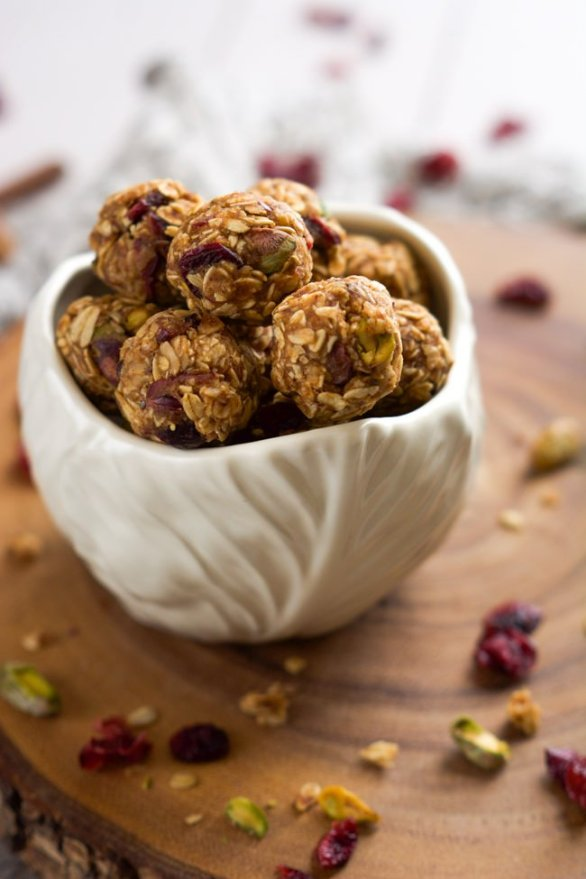 Fruit-Nut-Trail-Mix-Energy-Bites