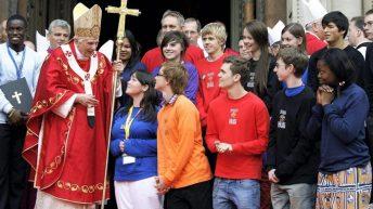 Benedicto y los jóvenes
