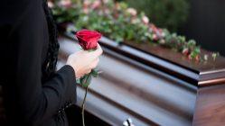 ¿Por qué rezamos por los muertos?