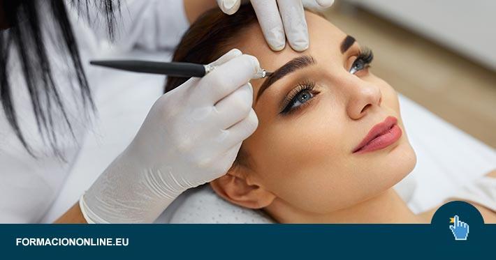 Curso de Maquillaje Profesional y Cosmetología Natural al 75% de Descuento