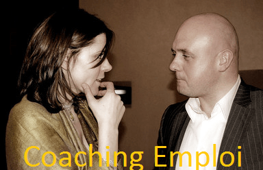 Coach emploi en pleine action
