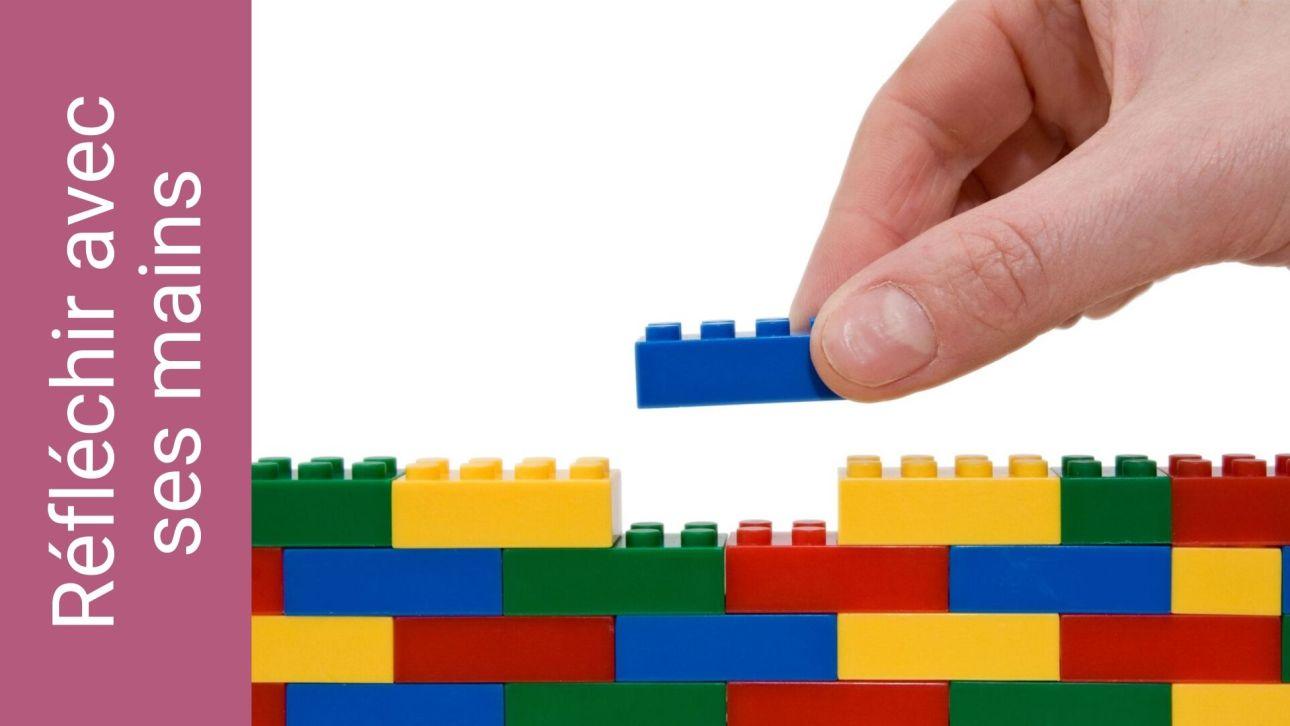 Réfléchir avec ses mains : des briques Lego pour matérialiser sa pensée