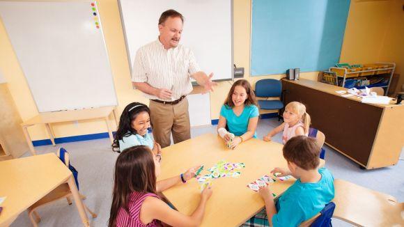 Apprendre en jouant - en classe et à la maison
