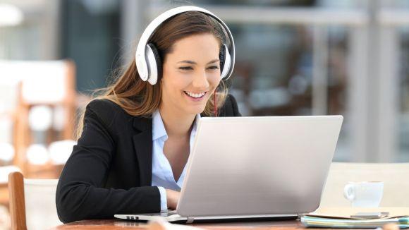 Ecouter un podcast ou regarder une vidéo