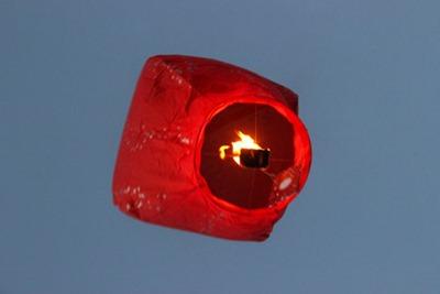 lanterne volante pere noel
