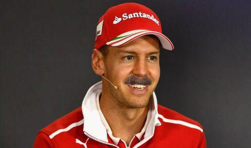 Sebastian Vettel med sin Mansell mustasch