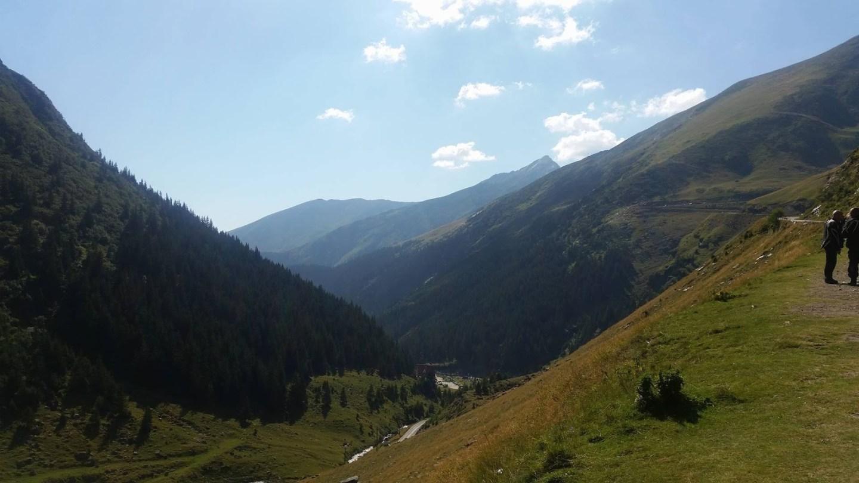 Formidable Joy | UK Fashion, Beauty & Lifestyle Blog | A Romanian Road Trip | Travel | Romania | Road Trip | Transfagarasan