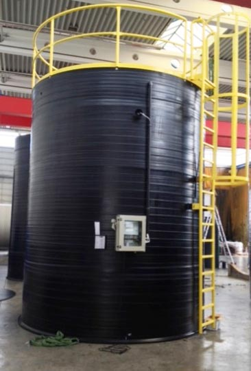 Doublewalled tank with vacuum safety control VSC and