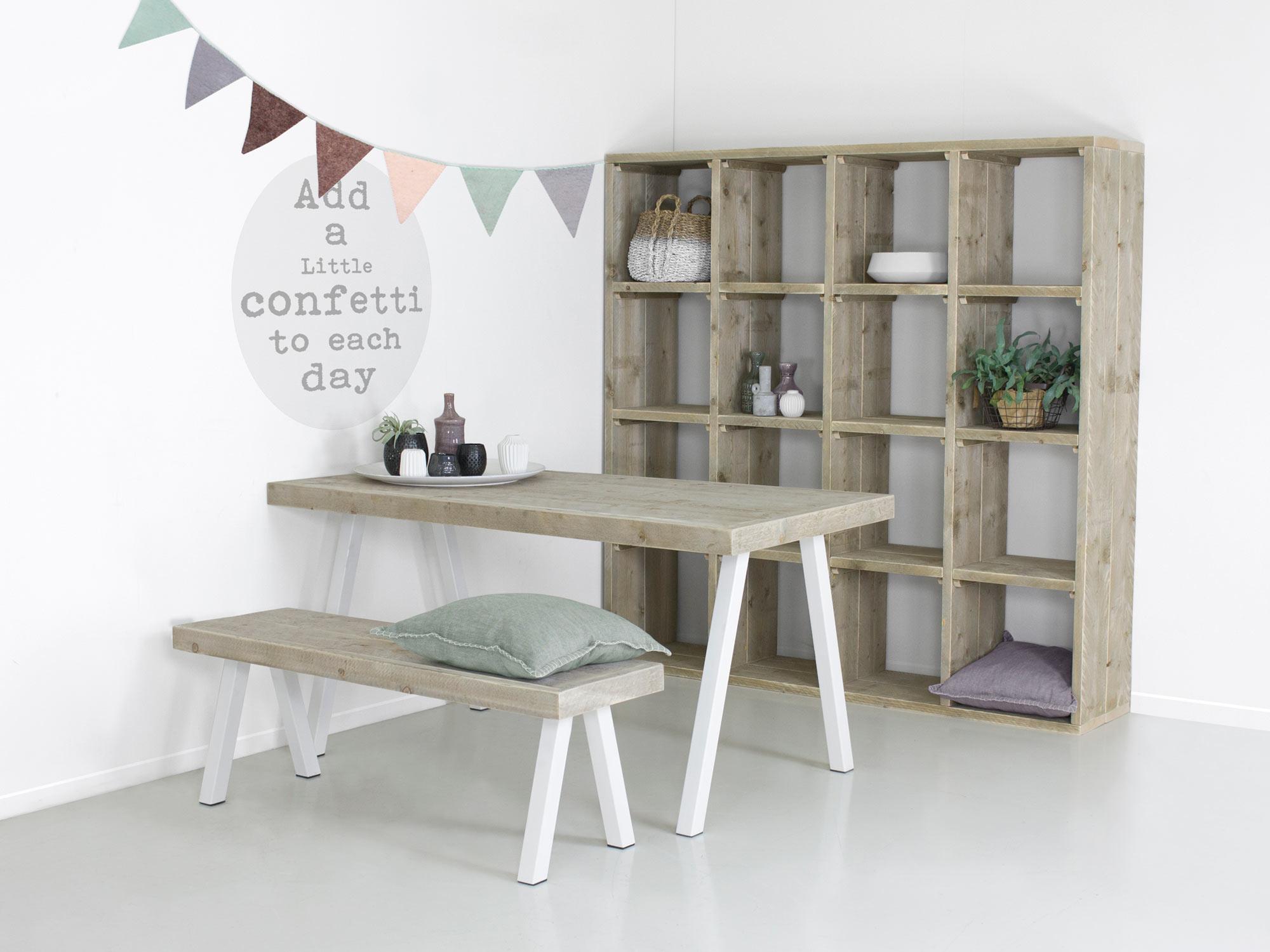 Industrile tafel met witte stalen poten Ella  FRN meubelen