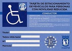 Las plazas para coches oficiales limitan la tarjeta de