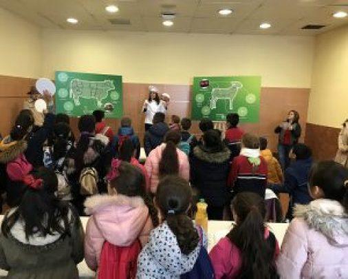 Arranca en Mercamadrid el proyecto 'Detectives de la Carne', que dará a conocer a escolares la importancia del consumo de vacuno, ovino y caprino en una dieta equilibrada