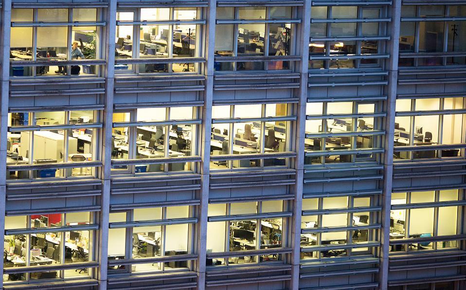 Επαγγελματική μίσθωση με ΦΠΑ: Τρόπος καταχώρισης συμφωνητικού