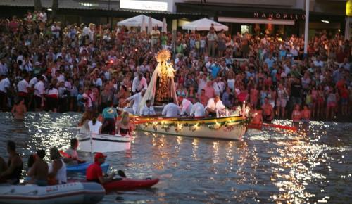 procesion-de-la-Virgen-del-Carmen fondo