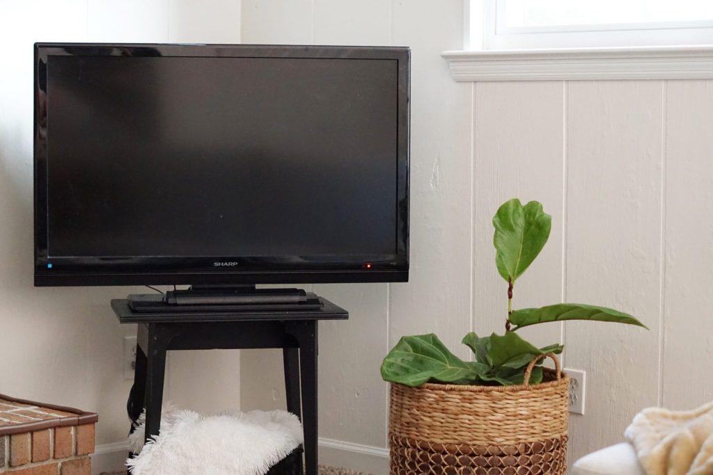 Modern Black TV Stand