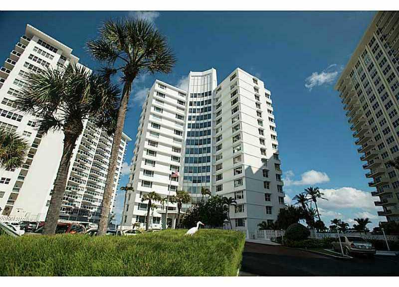 View of Edgewater Arm condominium Ft Lauderdale