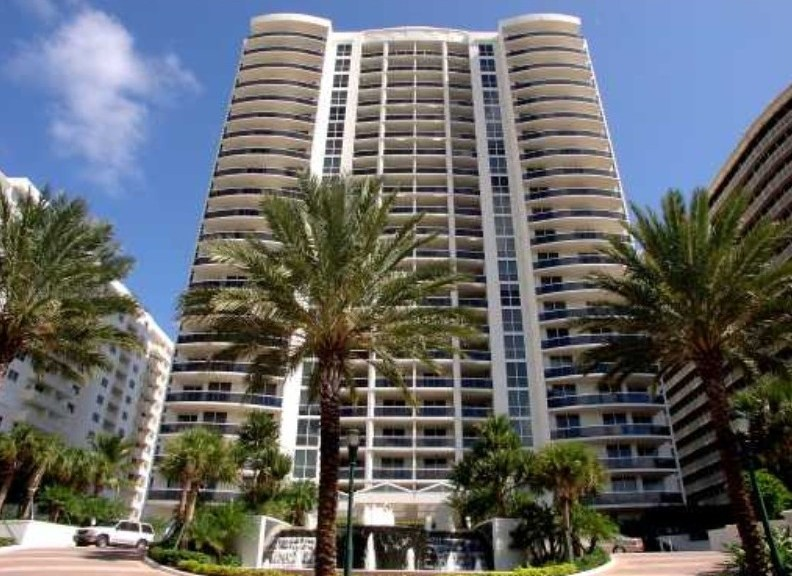 View of L'Ambiance Fort Lauderdale here on Galt Ocean Mile in Ft Lauderdale