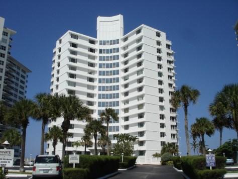 edgewater-arms-condominium-ft-lauderdale-DSC03601