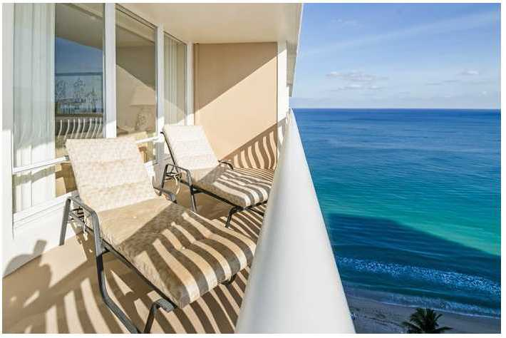 Ocean views from a Fort Lauderdale condo for sale here in Ocean Club