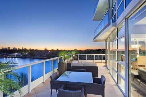 Views luxury Fort Lauderdale waterfront condo for sale