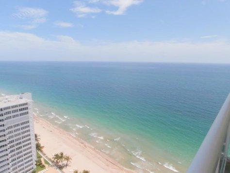Ocean views from a condo pending sale here in Playa del Mar on Galt Ocean Mile