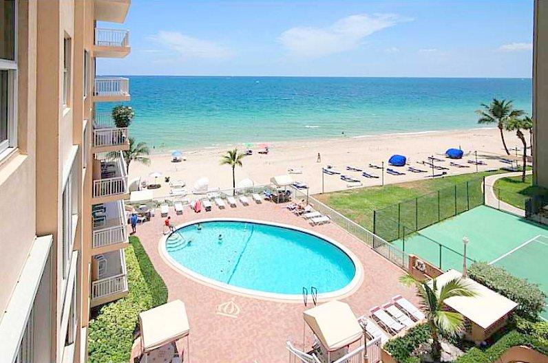 Ocean views Fort Lauderdale condo for sale in Regency Tower