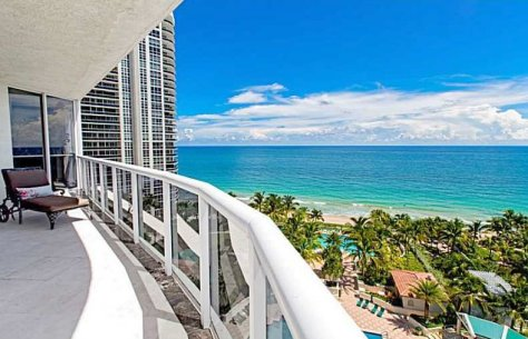 View Fort Lauderdale luxury condo for sale in L'Hermitage
