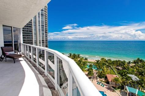 Ocean views from a Fort Lauderdale luxury condo for sale in L''Hermitage