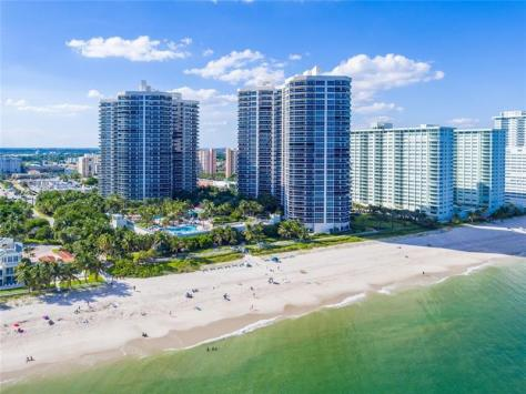 View luxury L'Hermitage Galt Ocean Mile Condos - here on Galt Ocean Mile