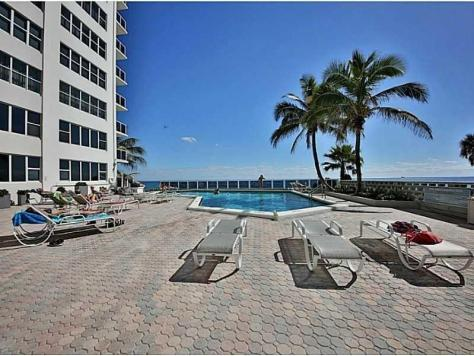 Pool views Royal Ambassador Galt Ocean Mile Fort Lauderdale