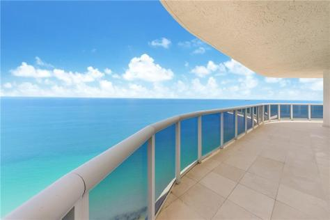 View from a Galt Ocean Mile condo for sale in L'Hermitage