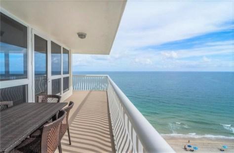 View Galt Ocean Mile condo recently sold Ocean Club - Unit 1212